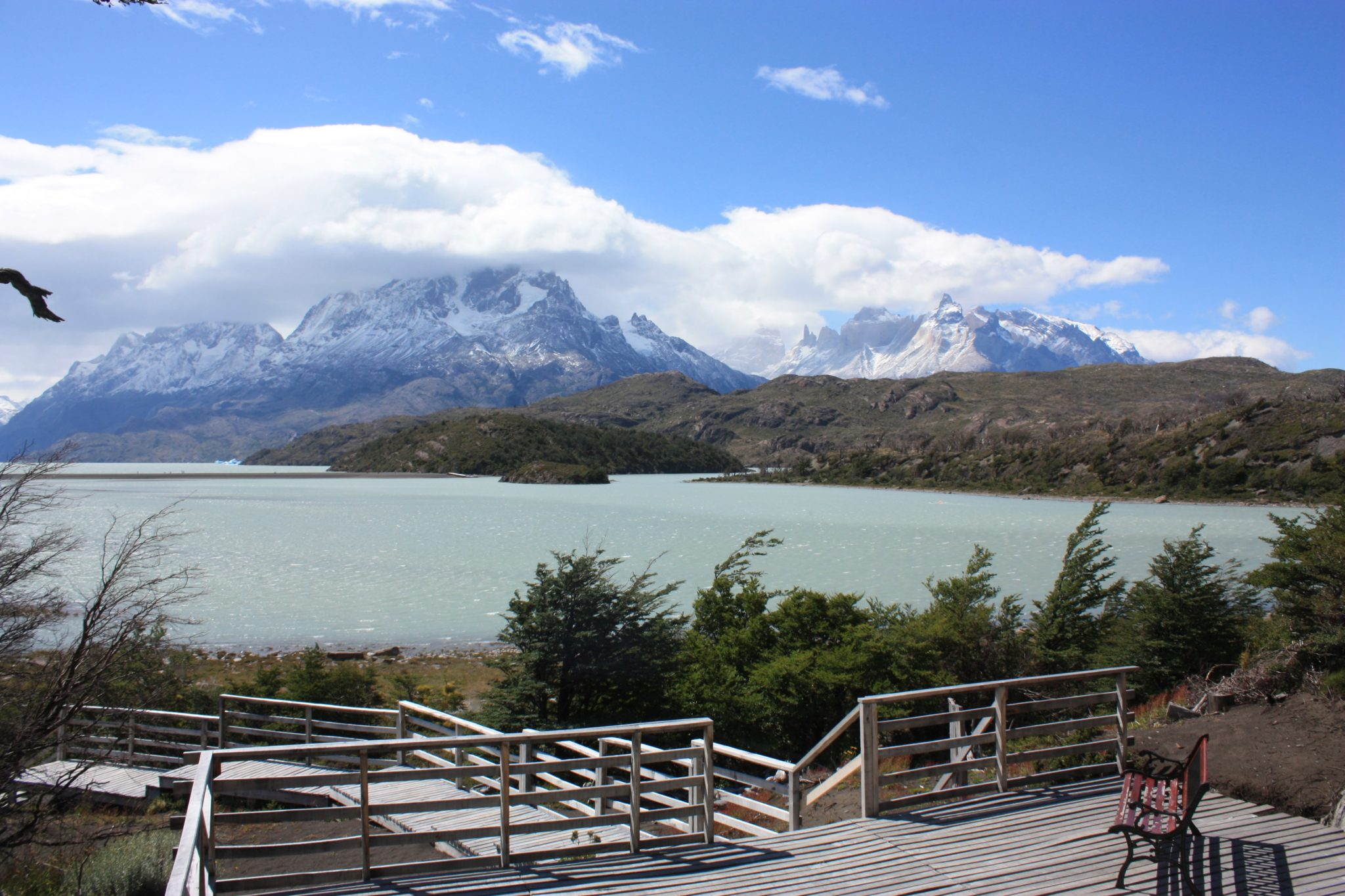 Torres del Paine lago grey glacier terrasse hotel grey patagonie chili