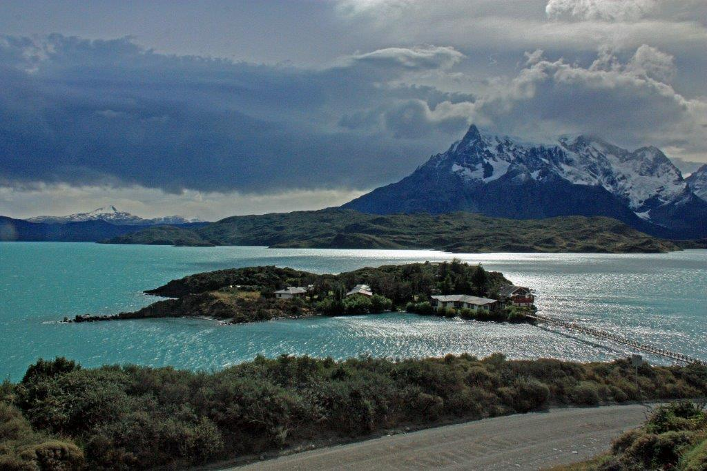 Torres del Paine lago pehoe patagonie chili lac turquoise hosteria pehoe