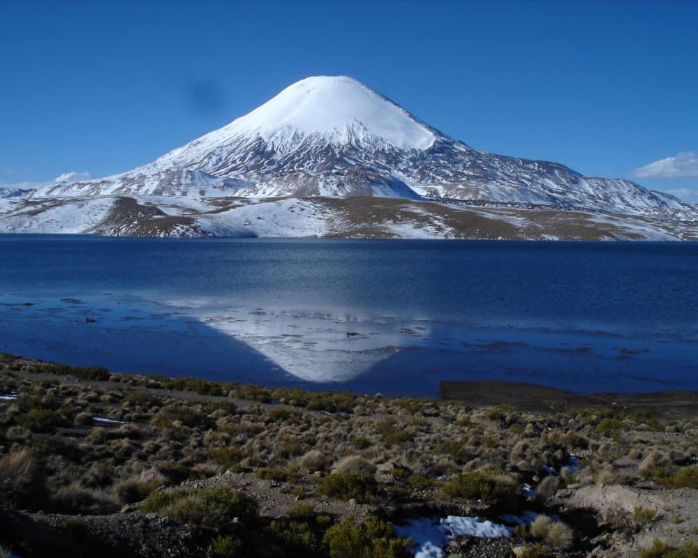 lago chungara putre altiplano chili extreme nord hiver neige lac