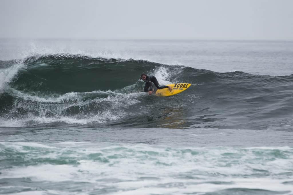 surf iquique chili océan pacifique
