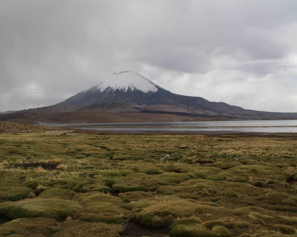 lago chungara avec nuages