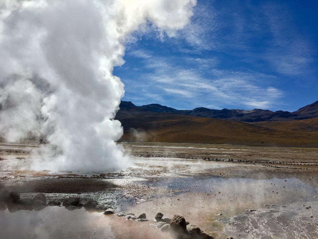 Les Geysers de Tatio, fumerolles au désert d'Atacama