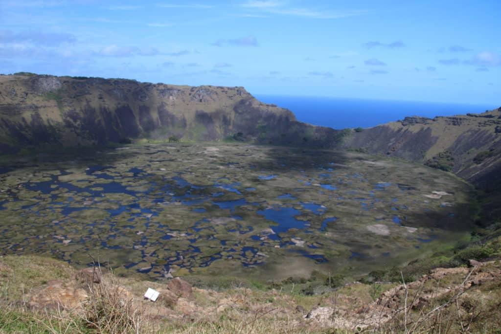 rano kau easter island volcano