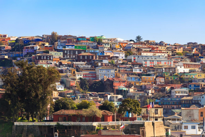 Vue des maisons colorées de Valparaíso
