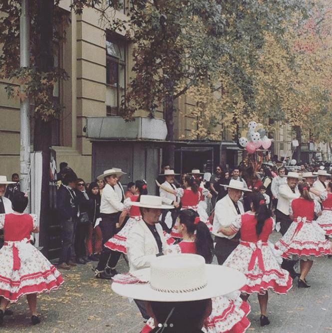 La Cueca, danse traditionnelle du Chili lors de la fete nationale 18 septiembre