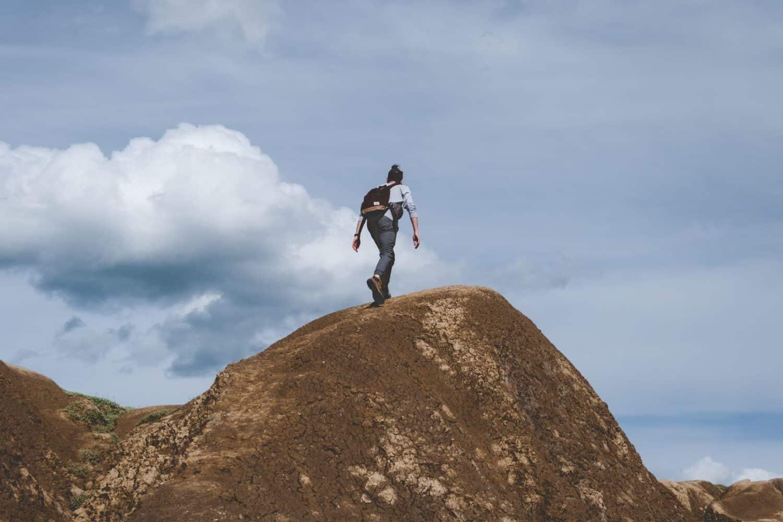homme-sommet-ascension-cerro