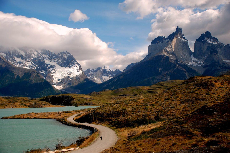 patagonie avec lagune bleu turquoise