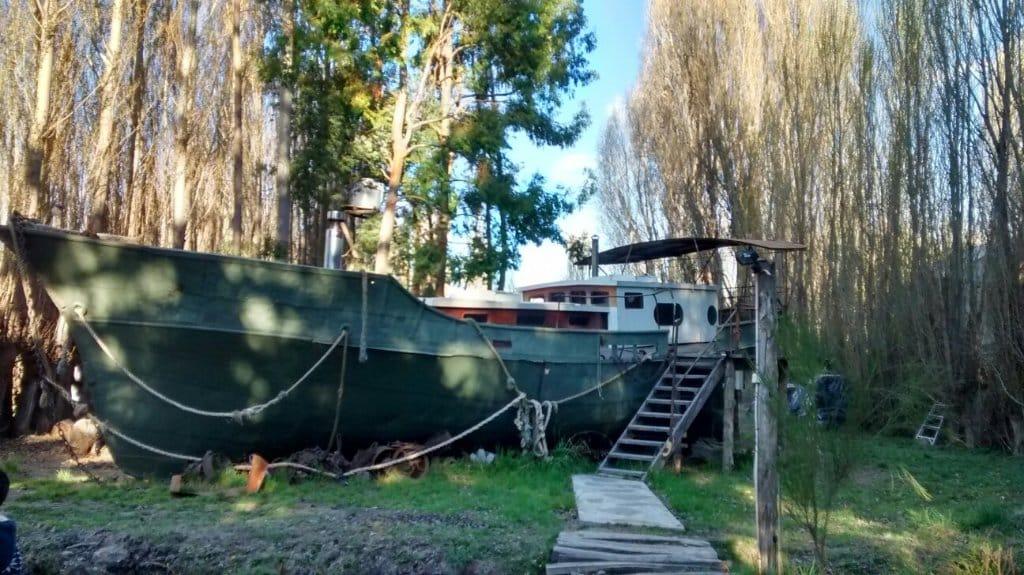 auberge patagonie bateau pirate hotel insolite chili hosteria patagonia